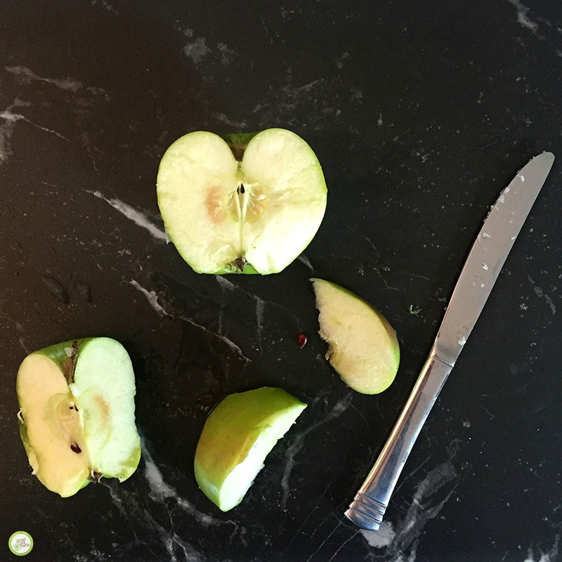 Why Do Apple Slices Turn Brown? Kitchen Science Experiment